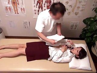丸の内OL専門マッサージ治療院01
