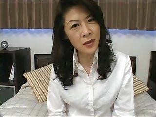 VKO-40 エロい熟女さん