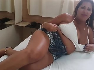 Hot Youtuber Kamila Silva - Remarkable big tits exploding