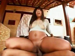 Troupe Near Guy Screwed Brazilian MILF With Big Ass Safira