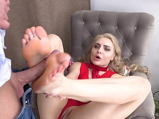 Footjob entertainment and hardcore pussy inculcation with sexy Caty Kiss