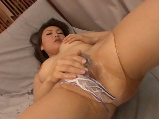 Closeup amateur video of Miho Kanda getting penetrated in her holes