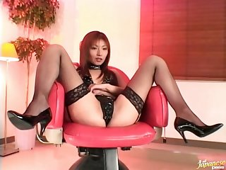 Closeup video staggering Japanese Hitomi Ikeno getting pleasured